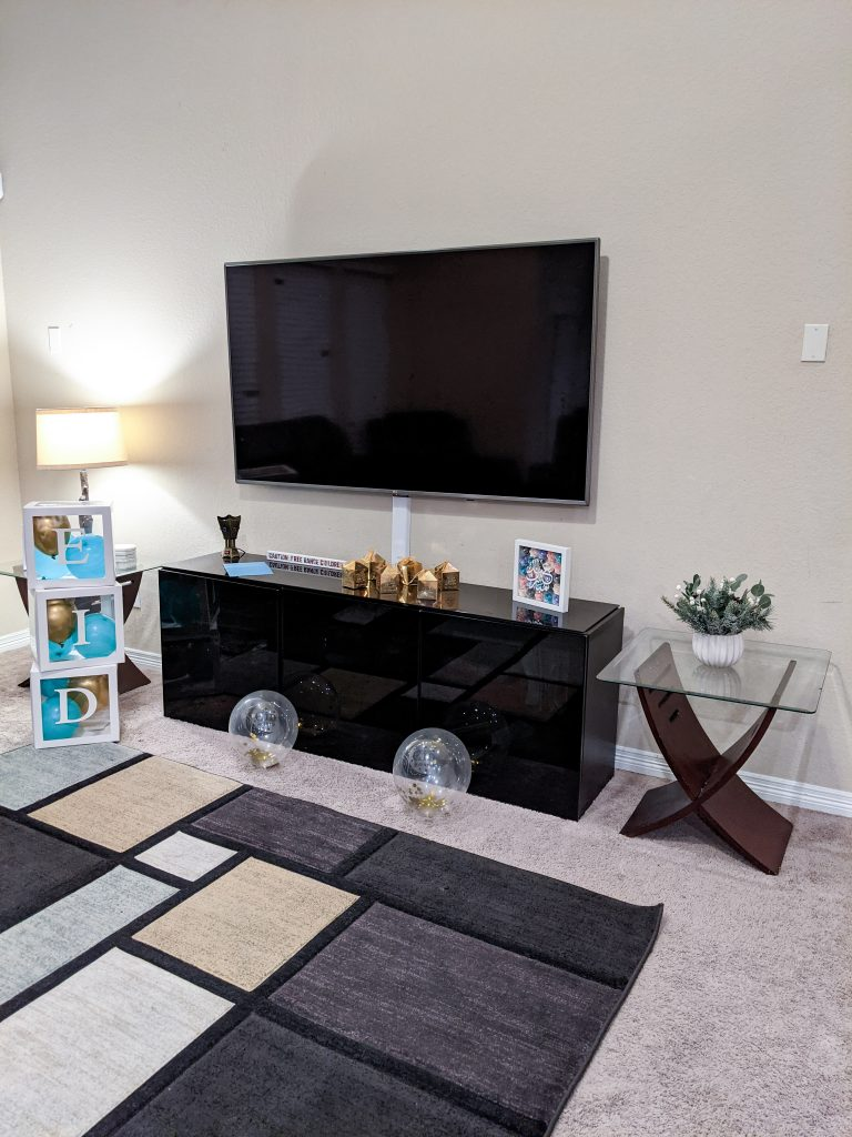 Family room with Eid deocration from the Eid Barakah Box